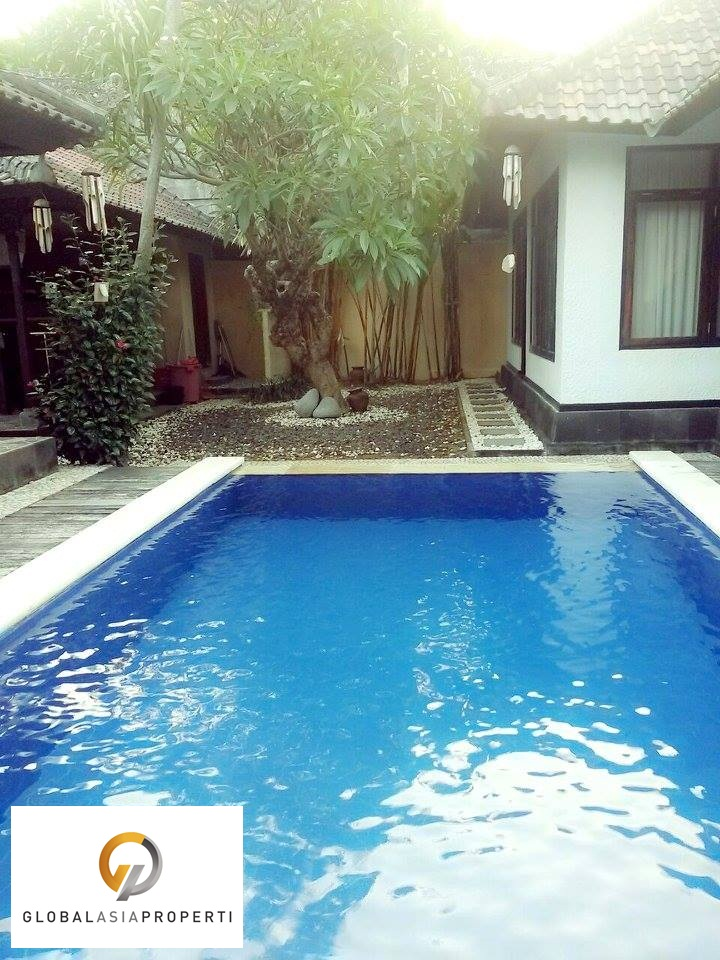 LGNR3005L 1 1 - COZY NICE VILLA IN MATARAM LEGIAN FOR LEASE