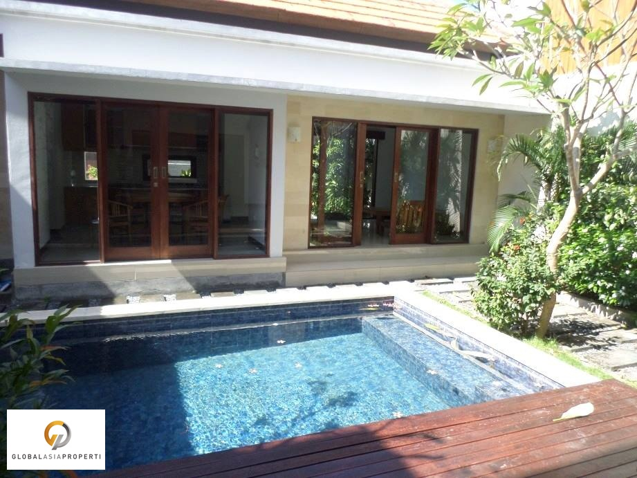 CGR3090R 1 1 - BEAUTIFUL VILLA IN AREA OF CANGGU FOR SALE