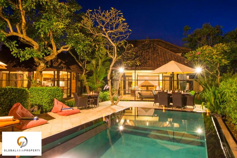 1 6 - GORGEOUS VILLA IN AREA OF CANGGU FOR LEASE