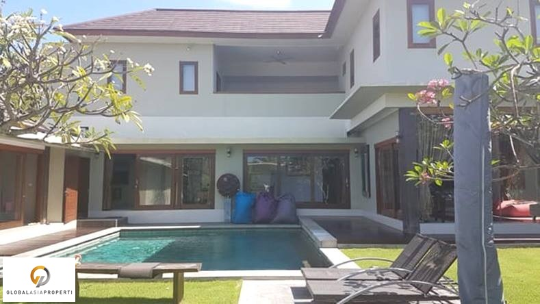 1 1 - FULLY FURNISHED VILLA IN BERAWA FOR SALE