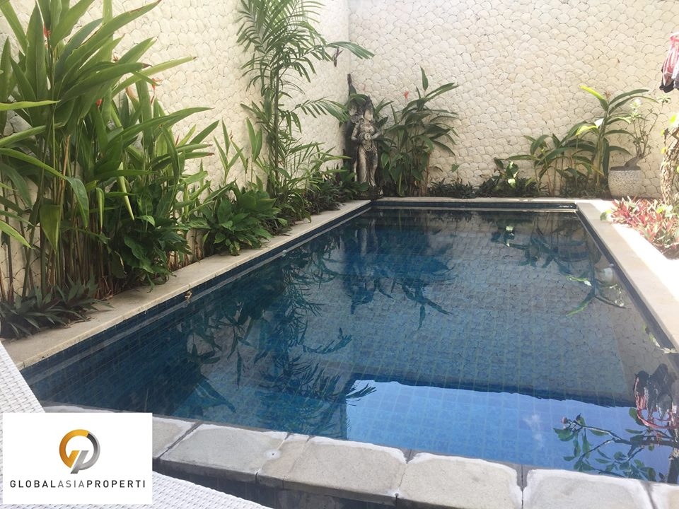 1 28 - TWO STOREY BUILDINGS VILLA IN SEMINYAK FOR SALE