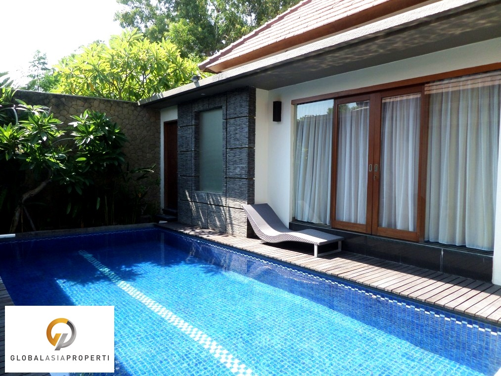 SAM 6139 - COZY NICE VILLA IN SEMINYAK FOR SALE