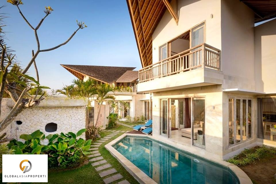 buy a house on Bali like this luxury villa for sale