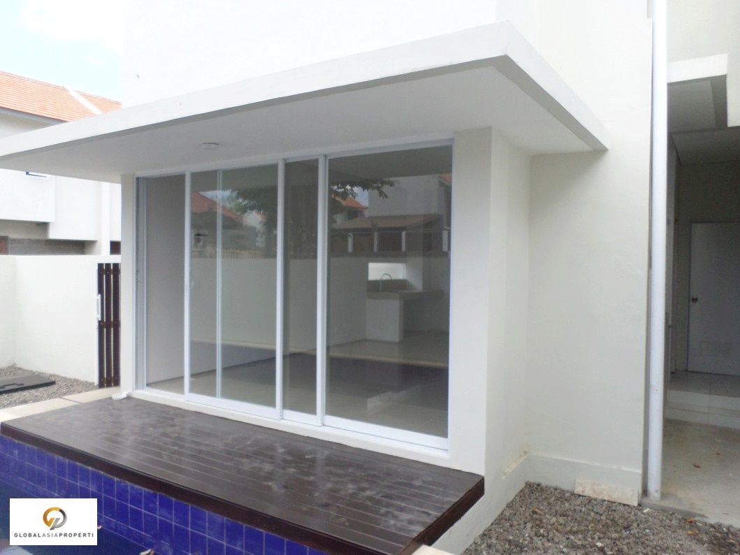 SAM 3092 - BRAND NEW HOUSE IN JIMBARAN FOR SALE