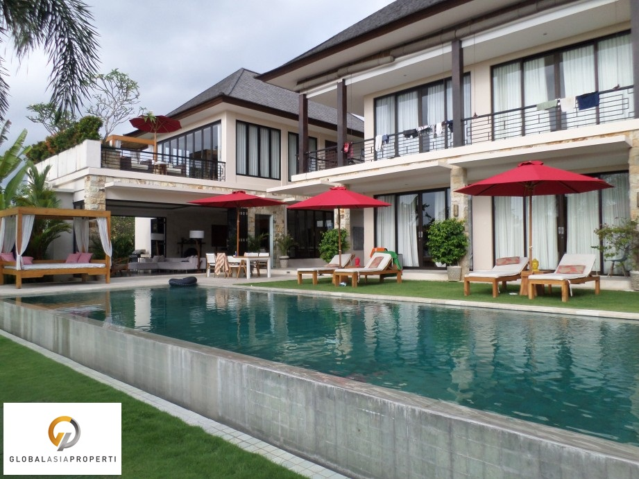SAM 3257 - LUXURY VILLA CLOSE TO THE BEACH IN CANGGU FOR LEASE
