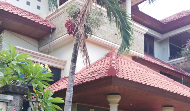 18822483 4565 4138 88D4 33C28E2AAE21 2 648x380 - HOUSE IN RESIDENTIAL COMPLEX FOR RENT OR SALE IN KEROBOKAN