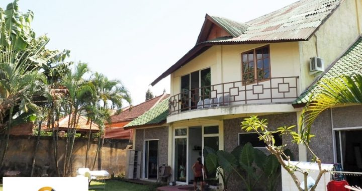 cfe528e7 1ac9 4299 96c7 e5b0c62fa06b 720x380 - TWO STOREY HOUSE IN SEMINYAK FOR RENT